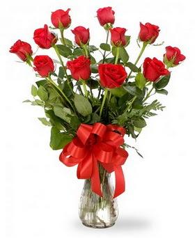 Düzce uluslararası çiçek gönderme  12 adet kırmızı güllerden vazo tanzimi
