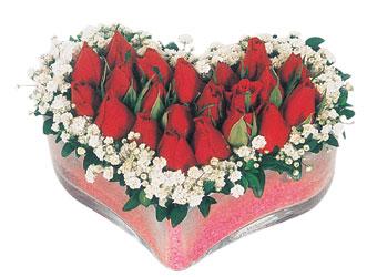 Düzce cicek , cicekci  mika kalpte kirmizi güller 9