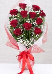 11 kırmızı gülden buket çiçeği  Düzce çiçek gönderme sitemiz güvenlidir