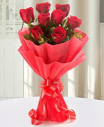 9 adet kırmızı gülden modern buket  Düzce çiçekçiler
