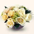 Düzce hediye çiçek yolla  9 adet sari gül cam yada mika vazo da  Düzce çiçekçiler