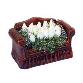 seramik içerisinde 11 gül  Düzce anneler günü çiçek yolla