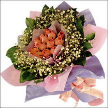 11  adet  gül ve   elyaflar   Düzce hediye sevgilime hediye çiçek