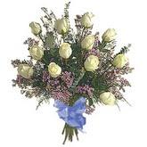bir düzine beyaz gül buketi   Düzce internetten çiçek siparişi