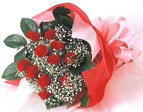12 adet kirmizi gül buketi  Düzce online çiçekçi , çiçek siparişi