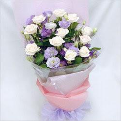 Düzce çiçek servisi , çiçekçi adresleri  BEYAZ GÜLLER VE KIR ÇIÇEKLERIS BUKETI