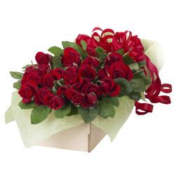 19 adet kirmizi gül buketi  Düzce hediye çiçek yolla