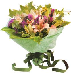 karisik mevsim buketi anneler günü ve sevilenlere  Düzce hediye sevgilime hediye çiçek