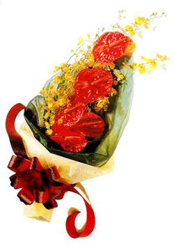 özel 5 adet antorium buketi   Düzce internetten çiçek siparişi