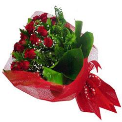 Düzce ucuz çiçek gönder  12 adet kirmizi essiz gül buketi - SEVENE ÖZEL