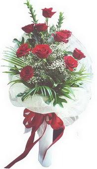Düzce anneler günü çiçek yolla  10 adet kirmizi gülden buket tanzimi özel anlara
