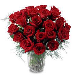 Düzce internetten çiçek siparişi  11 adet kirmizi gül cam yada mika vazo içerisinde