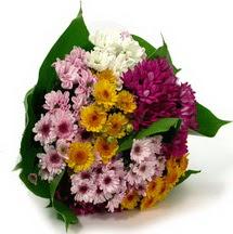 Düzce cicek , cicekci  Karisik kir çiçekleri demeti herkeze