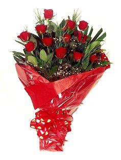 12 adet kirmizi gül buketi  Düzce çiçek mağazası , çiçekçi adresleri
