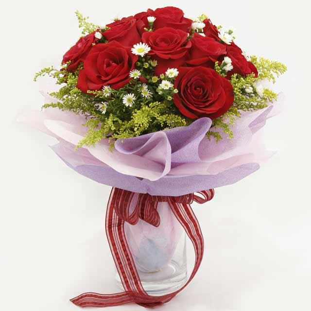 Çiçek gönderme estetikliginiz 11 gül buket  Düzce hediye sevgilime hediye çiçek