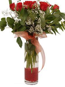 Düzce İnternetten çiçek siparişi  11 adet kirmizi gül vazo çiçegi