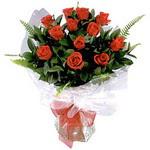 Düzce uluslararası çiçek gönderme  9 adet güzel bir gül buketi