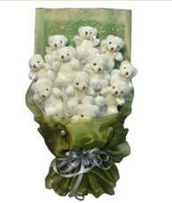 11 adet pelus ayicik buketi  Düzce yurtiçi ve yurtdışı çiçek siparişi