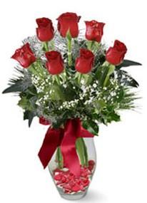 Düzce kaliteli taze ve ucuz çiçekler  7 adet kirmizi gül cam vazo yada mika vazoda