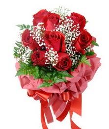 9 adet en kaliteli gülden kirmizi buket  Düzce çiçek satışı