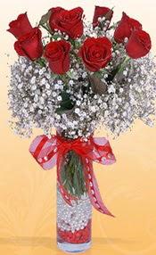 9 adet kirmizi gül cam yada mika vazoda  Düzce çiçek , çiçekçi , çiçekçilik