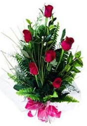 Düzce hediye çiçek yolla  5 adet kirmizi gül buketi hediye ürünü