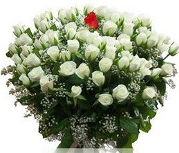 Düzce çiçek servisi , çiçekçi adresleri  100 adet beyaz 1 adet kirmizi gül buketi