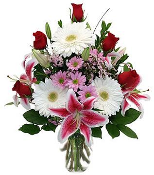Düzce çiçek , çiçekçi , çiçekçilik  1 dal kazablanka 5 gül ve kırçiçeği vazosu