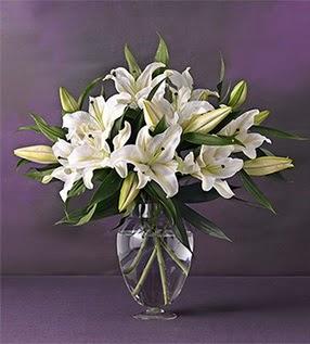 Düzce çiçekçiler  4 dal cazablanca vazo çiçeği
