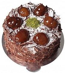 6 ile 9 kişilik Çikolatalı Kestaneli yaş pasta