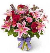 Vazo içerisinde karışık mevsim çiçeği  Düzce çiçek online çiçek siparişi