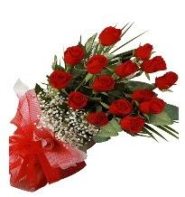 15 kırmızı gül buketi sevgiliye özel  Düzce internetten çiçek siparişi