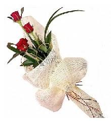 3 adet kırmızı gül buketi  Düzce hediye çiçek yolla