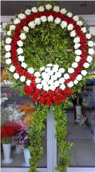 Cenaze çelenk çiçeği modeli  Düzce çiçek yolla