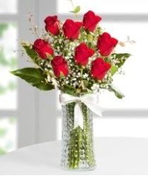 7 Adet vazoda kırmızı gül sevgiliye özel  Düzce çiçek online çiçek siparişi