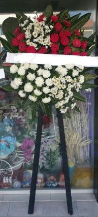 Cenaze çiçeği cenaze çiçek modelleri  Düzce çiçek online çiçek siparişi