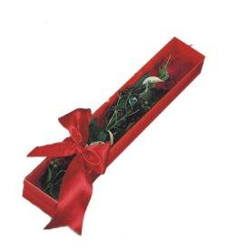 Düzce çiçekçi telefonları  tek kutu gül sade ve sik