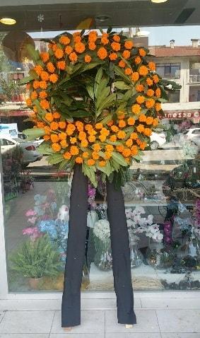 Cenaze çiçeği cenaze çelengi çiçek modeli  Düzce online çiçek gönderme sipariş