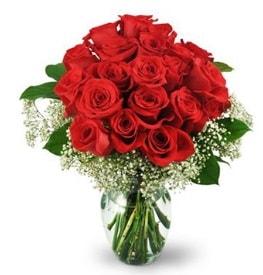 25 adet kırmızı gül cam vazoda  Düzce uluslararası çiçek gönderme