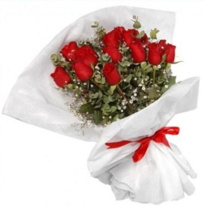 9 adet kırmızı gül buketi  Düzce hediye sevgilime hediye çiçek