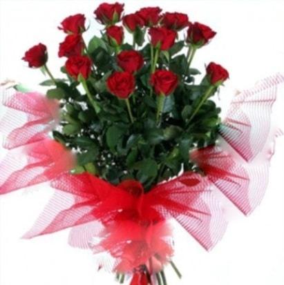 15 adet kırmızı gül buketi  Düzce online çiçekçi , çiçek siparişi