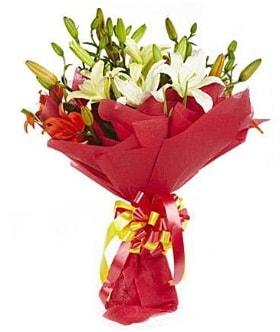 5 dal kazanlanka lilyum buketi  Düzce internetten çiçek siparişi
