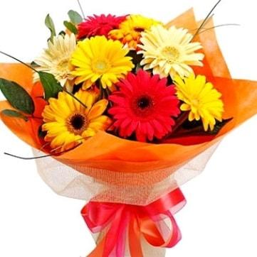 9 adet karışık gerbera buketi  Düzce uluslararası çiçek gönderme
